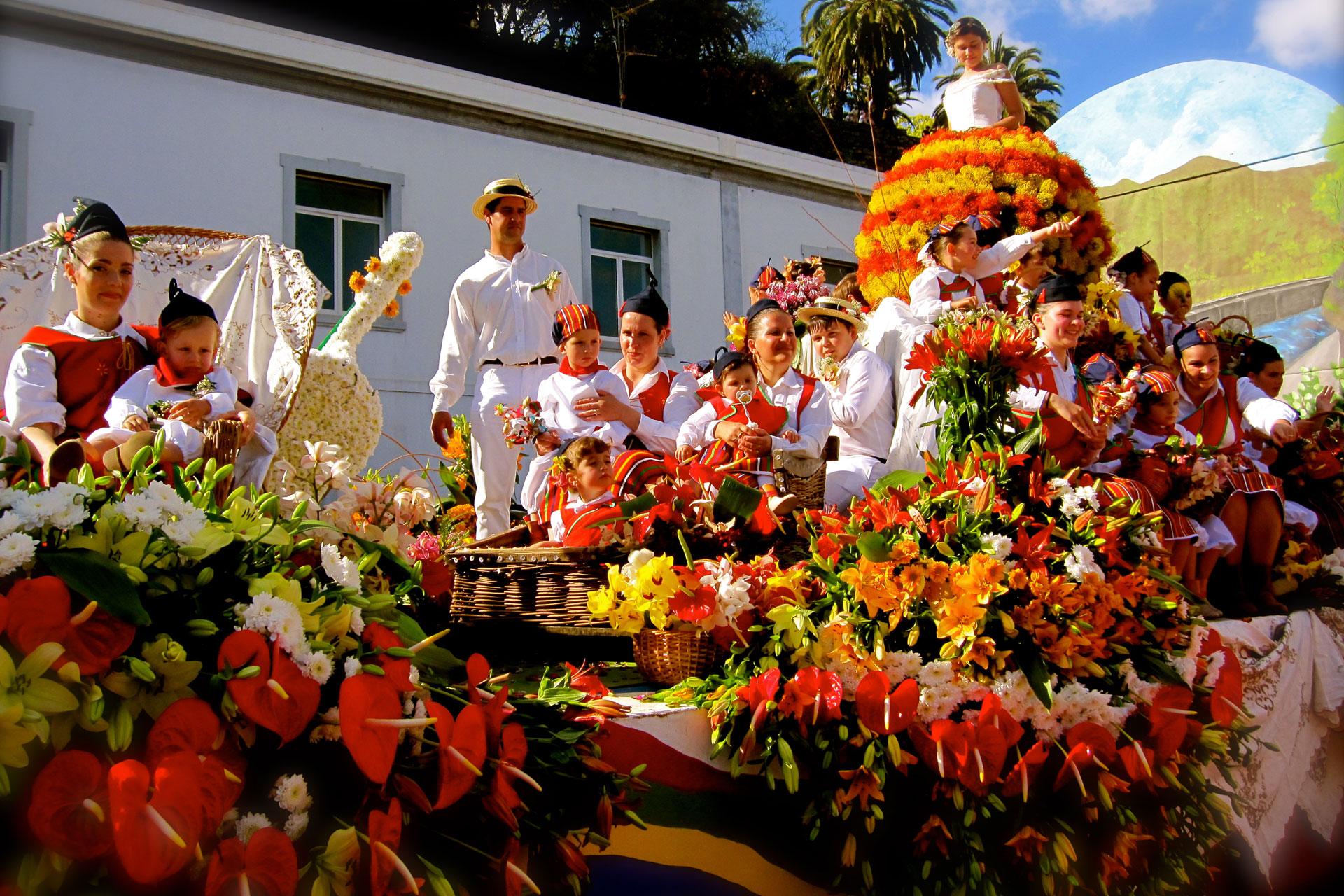 Праздник цветов на Мадейре в октябре 2021 года
